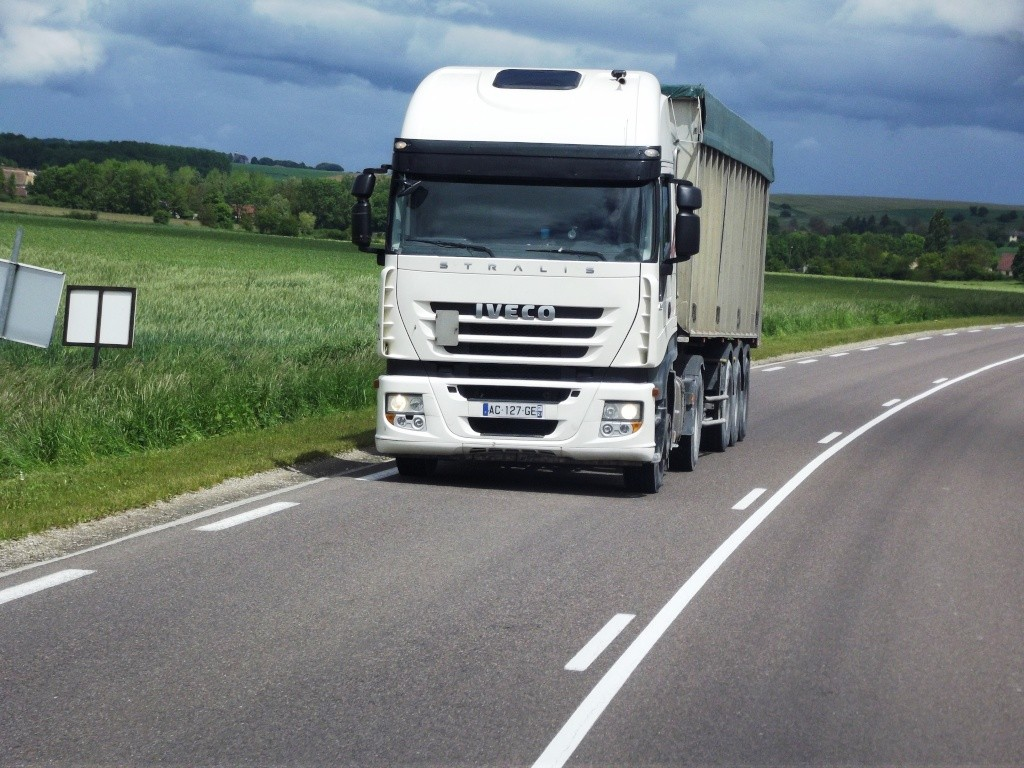Iveco Stralis  - Page 6 Photo806