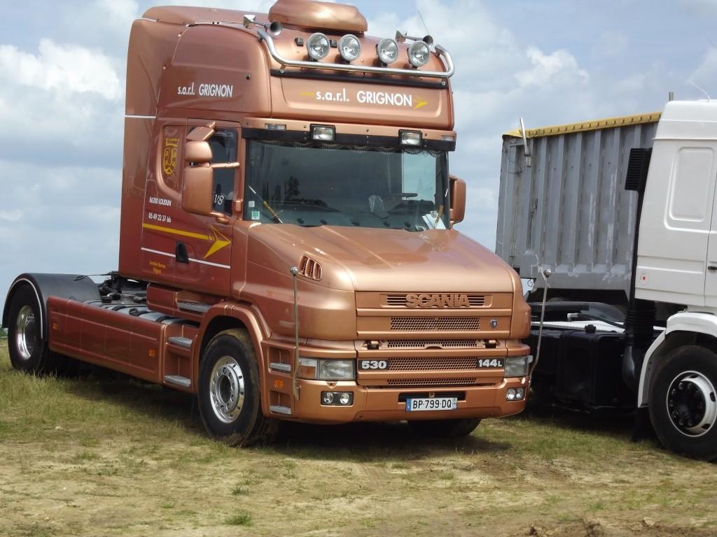 Scania série T (cabine a capot) - Page 8 Photo882