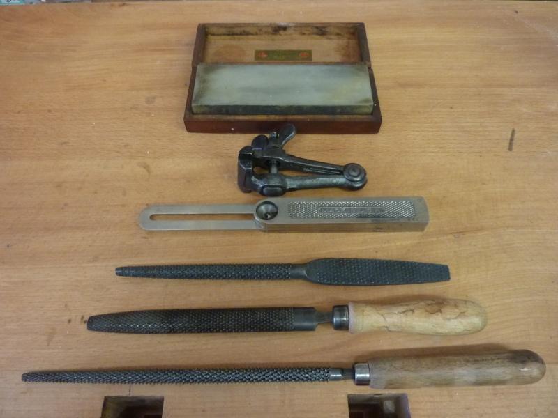 Dans la rubrique des vieux outils - Page 5 P1050312
