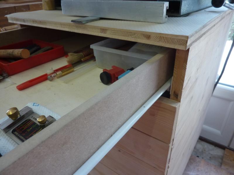 [Questions] fabriquer une servante à tiroirs en bois  P1050320
