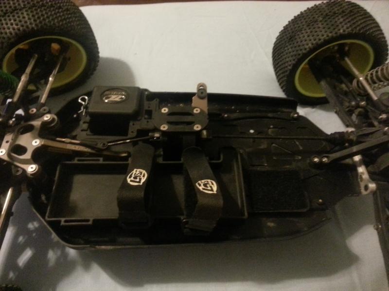 Losi 8ight 2.0 electric truggy and Tekin T8 Motor 20130511