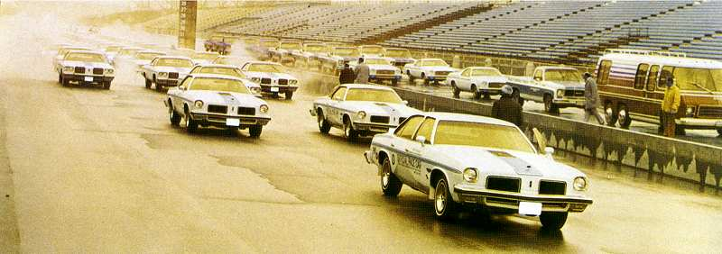 The 74 Olds Pace car Question Indytr10