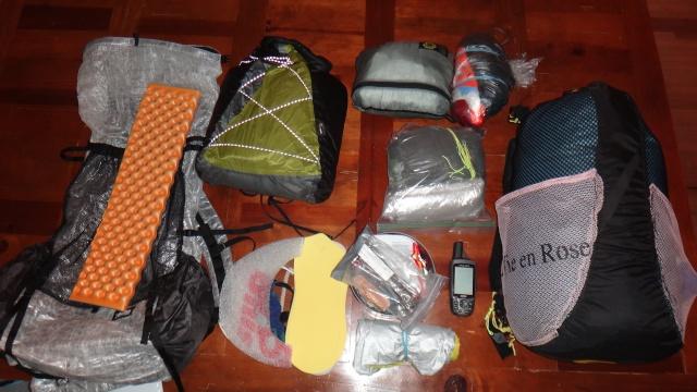 Optimaliser le rangement des bagages sur le Brompton Dsc03011