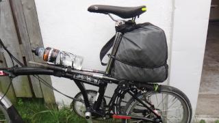 Optimaliser le rangement des bagages sur le Brompton Dsc03012