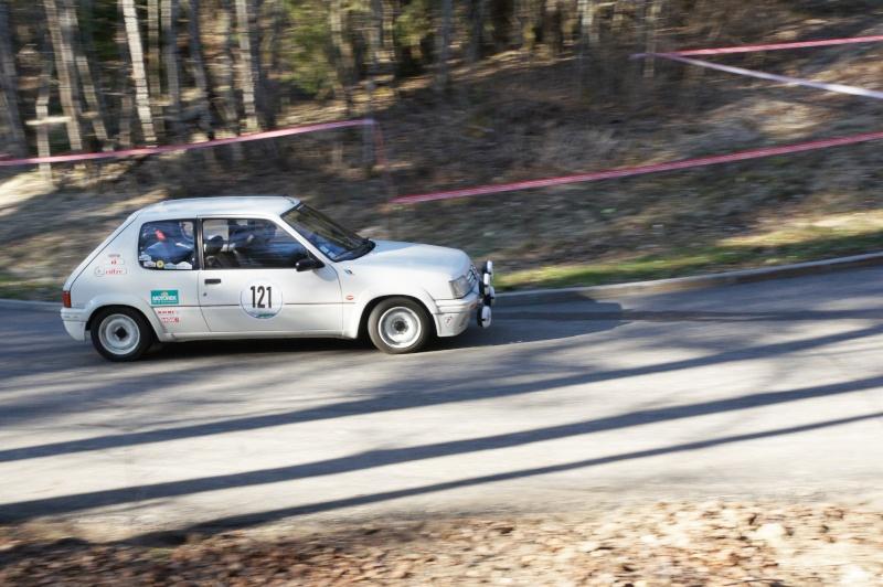 205 Rallye de 1989 Montee11
