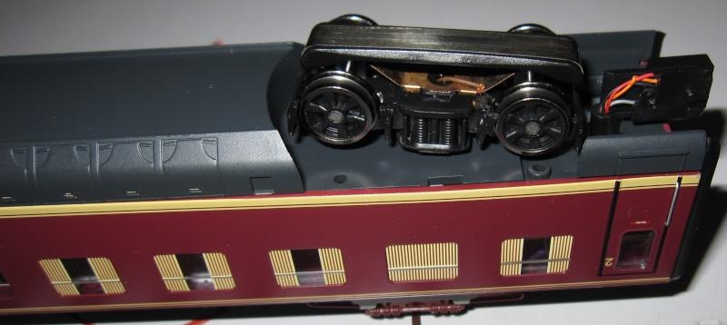 Transformation en 3 rails et digitalisation automotrice TRIX ET 56 Img02810