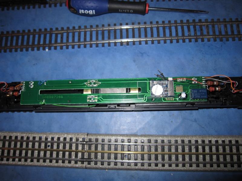 Transformation en 3 rails et digitalisation automotrice TRIX ET 56 Img_0215