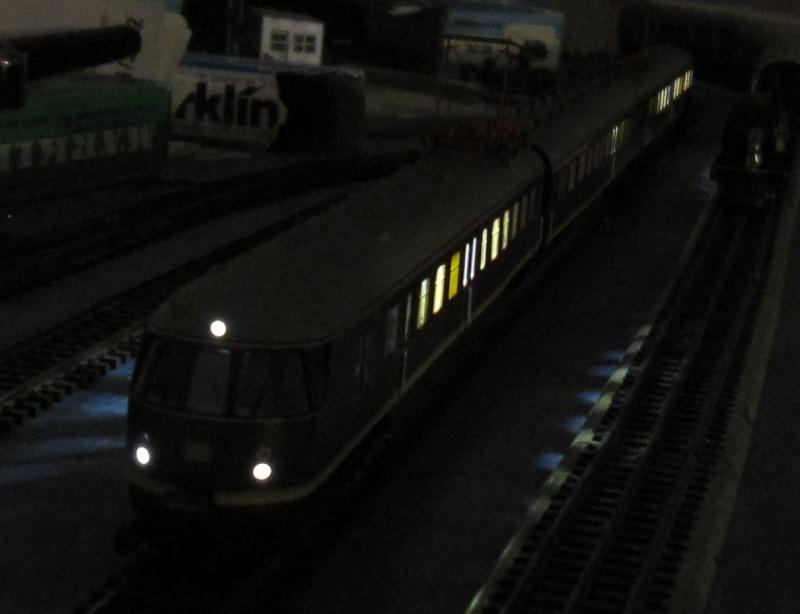 Transformation en 3 rails et digitalisation automotrice TRIX ET 56 Img_0217