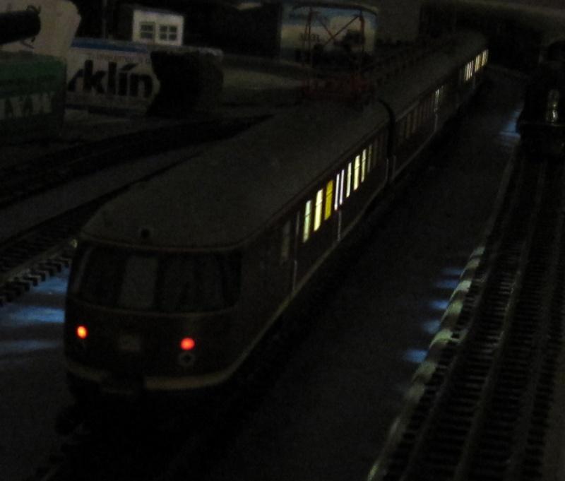 Transformation en 3 rails et digitalisation automotrice TRIX ET 56 Img_0218