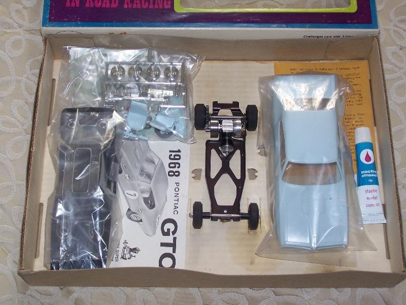 cox gto and camaro engine question 020_ca13