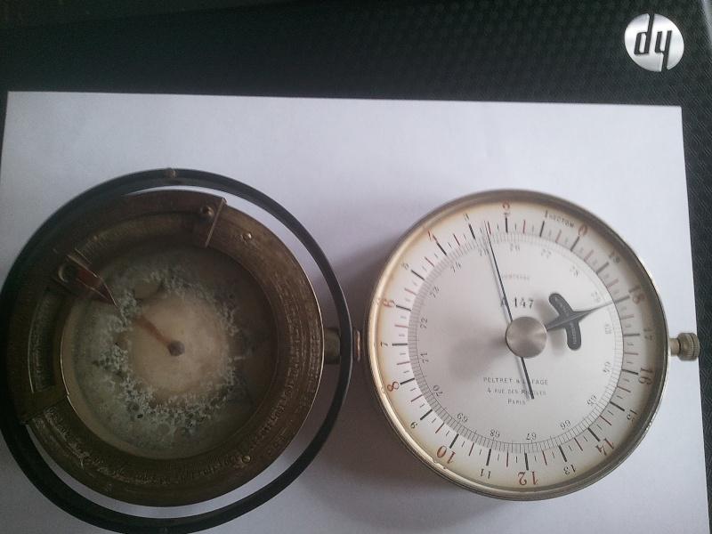 altimètre et compas Altime10