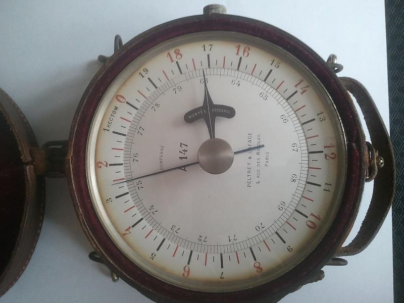altimètre et compas Altime16