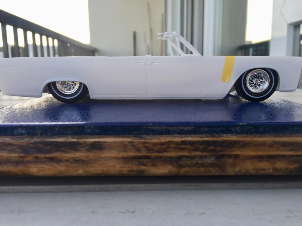 Lincoln Continental 1965.... 310