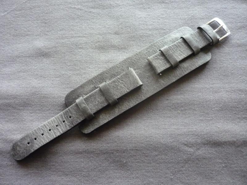 "[Vendu] bracelet cuir ""biker"" P1070413"