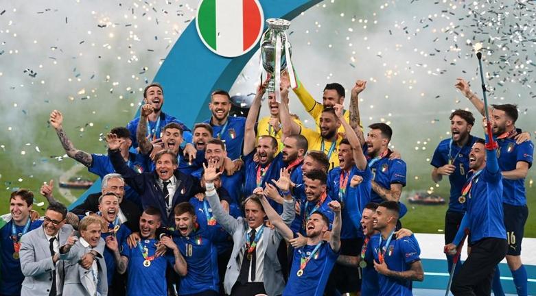 FOOTBALL CHAMPIONNAT D'EUROPE  2021 - Page 11 Cap15650