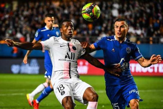 LIGUE 1 2021-2022  Championnat de France de football - Page 2 Cap16646