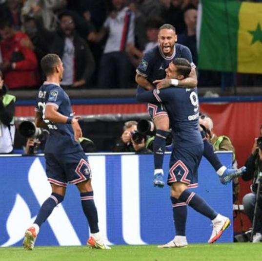 LIGUE 1 2021-2022  Championnat de France de football - Page 6 Cap18369