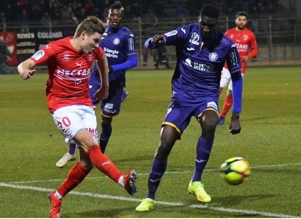 Championnat de France de football LIGUE 1 2018-2019-2020 - Page 12 Capt2917