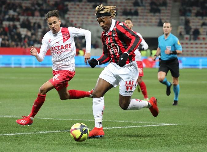 Championnat de France de football LIGUE 1 2018-2019 - Page 12 Capt2979