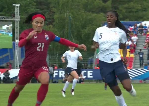 Équipe de France féminine de football - Page 6 Capt4819