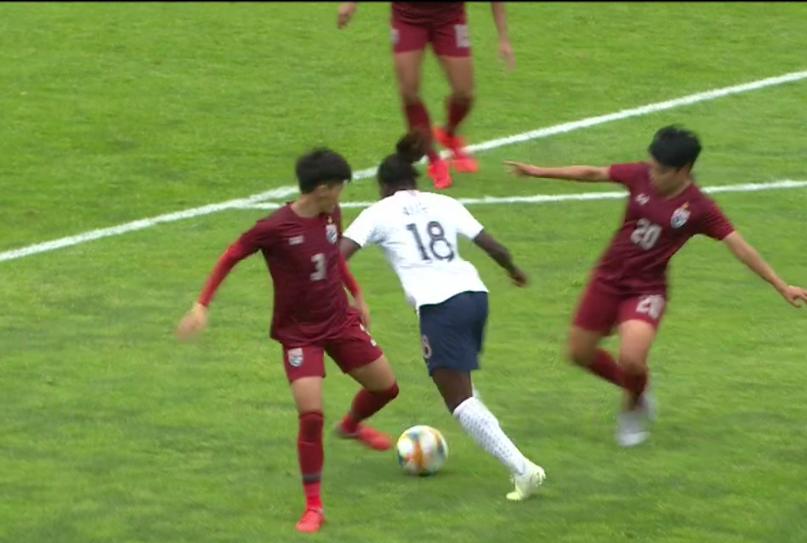 Équipe de France féminine de football - Page 6 Capt4828