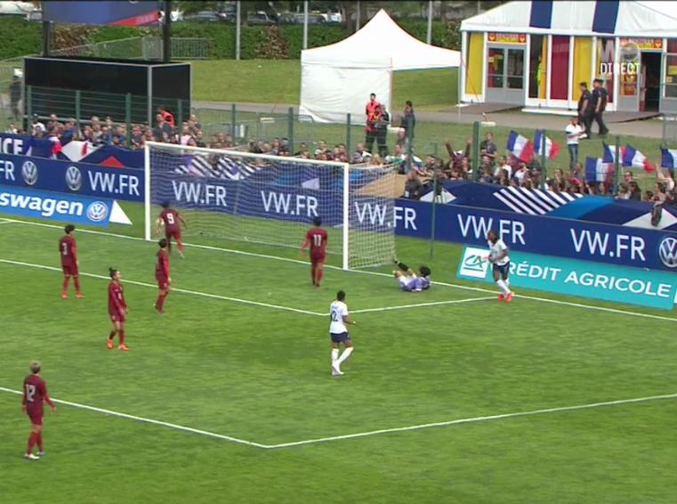 Équipe de France féminine de football - Page 6 Captur21