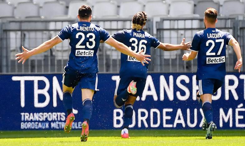 Championnat de France de football LIGUE 1 2020 -2021 - Page 20 Captur34