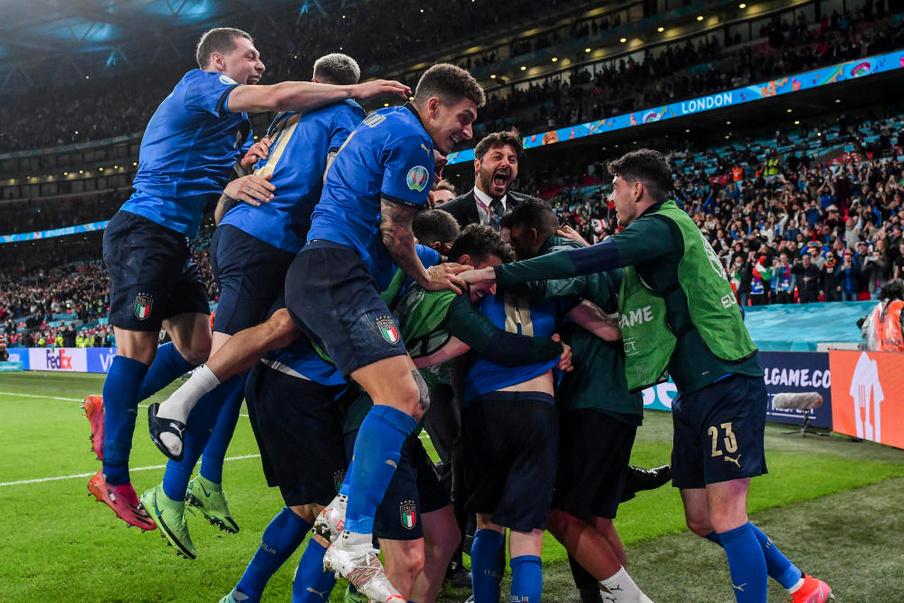 FOOTBALL CHAMPIONNAT D'EUROPE  2021 - Page 10 Captur44