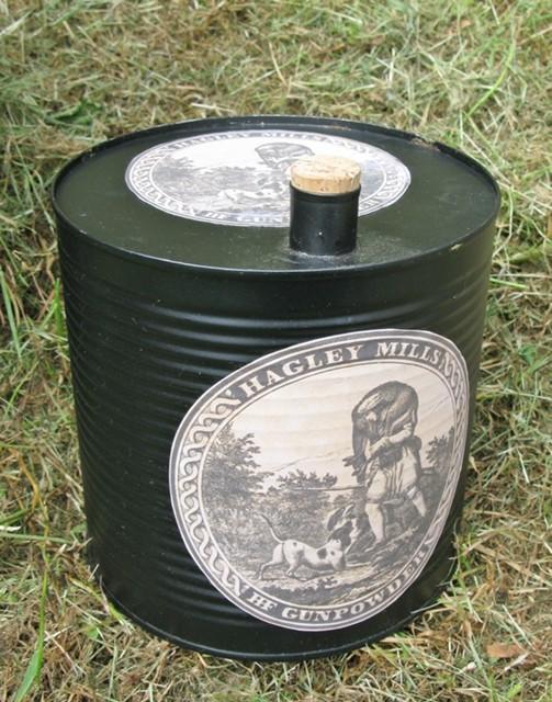 GUNPOWDER CANS 00213