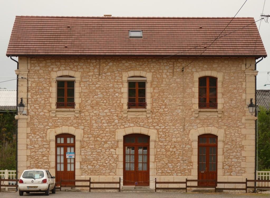 Pk 548,5 : Gare du Bugue (24) Pano_r10