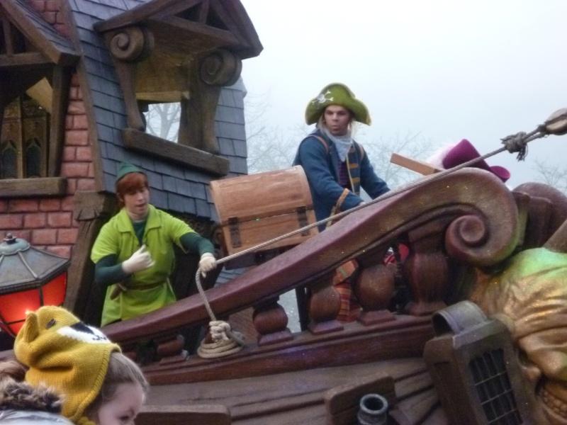 10 belges lâchés à Disneyland ! - Page 2 P1020210