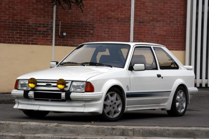 mes anciennes voitures routes et courses Ford-e10