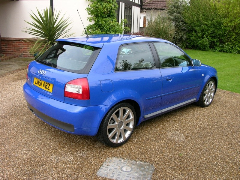 CAN ANYONE HELP WITH COLOUR MATCH FOR THE RED AND BLUE Audi_s10