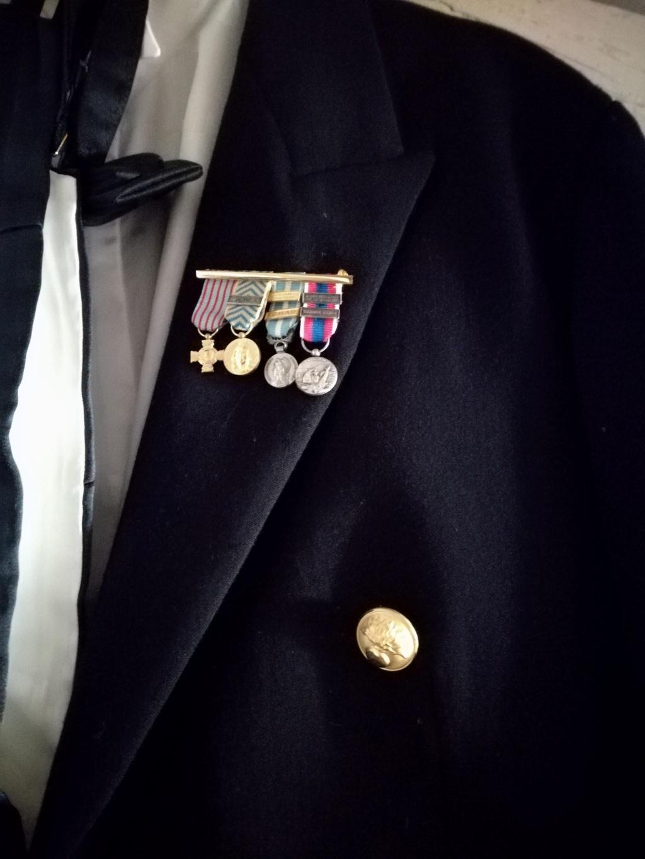 médailles en réduction Img_2095