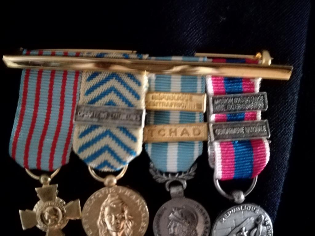 médailles en réduction Img_2096