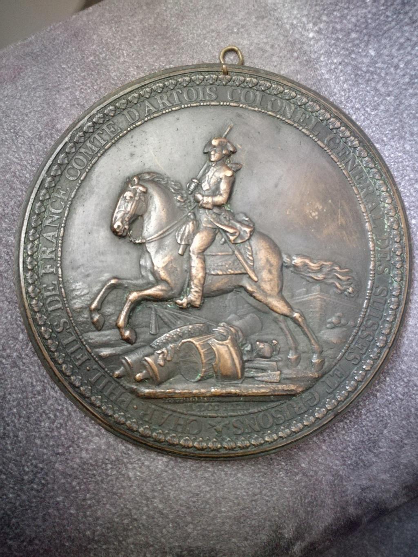 Medaille Char Phil colonel general des suisses et grisons Img_2338