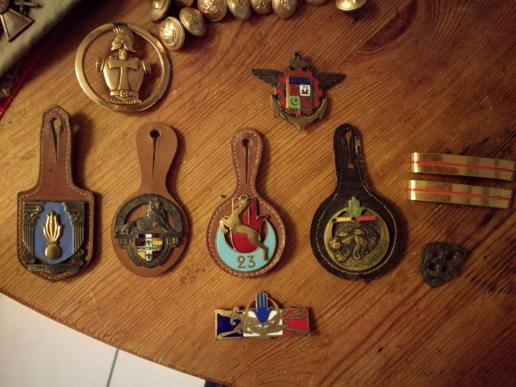 Médailles et insignes  Img_2351