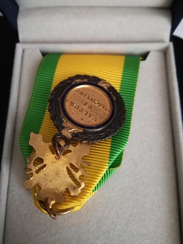 Médaille militaire Img_2365