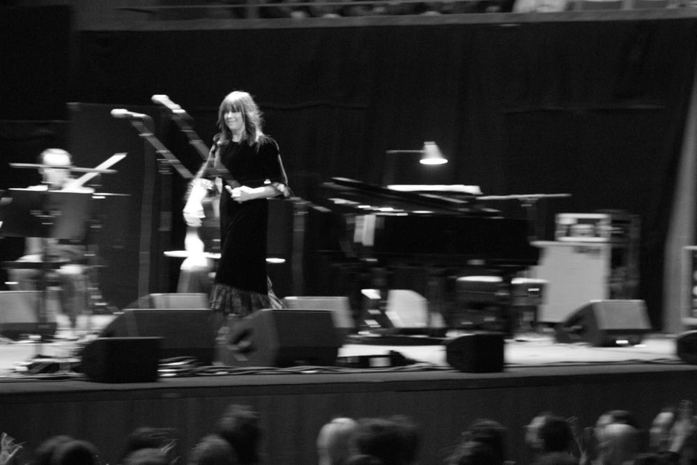"5/31/18 - Sydney, Australia, Sydney Opera House, ""Moon Pix 20th Anniversary Concert"" Monste10"