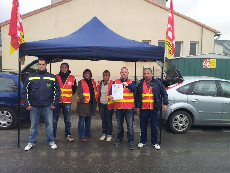 Ambulances cambon à Saint-Affrique (12400) en grève 20130510
