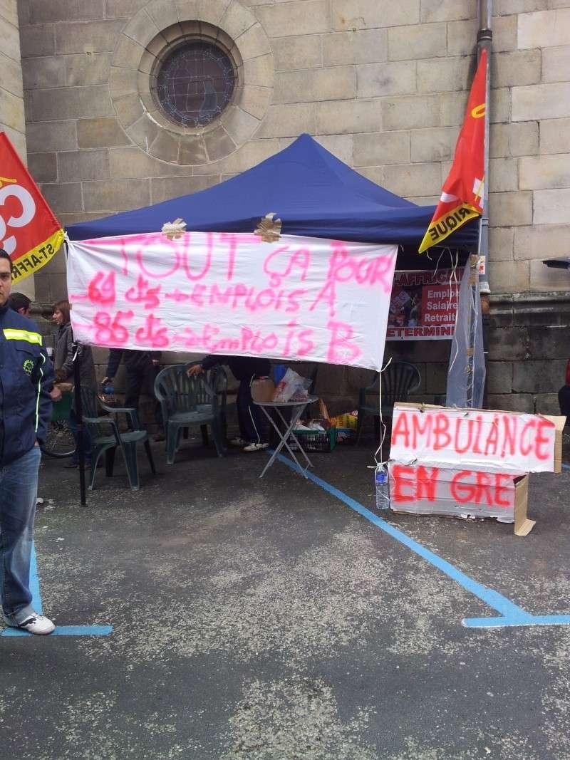 Ambulances cambon à Saint-Affrique (12400) en grève 20130511