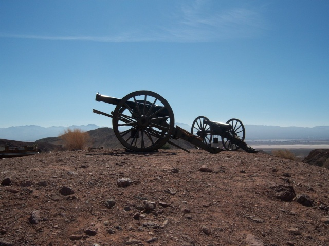 Un peu de guerre civile.... 000_0116