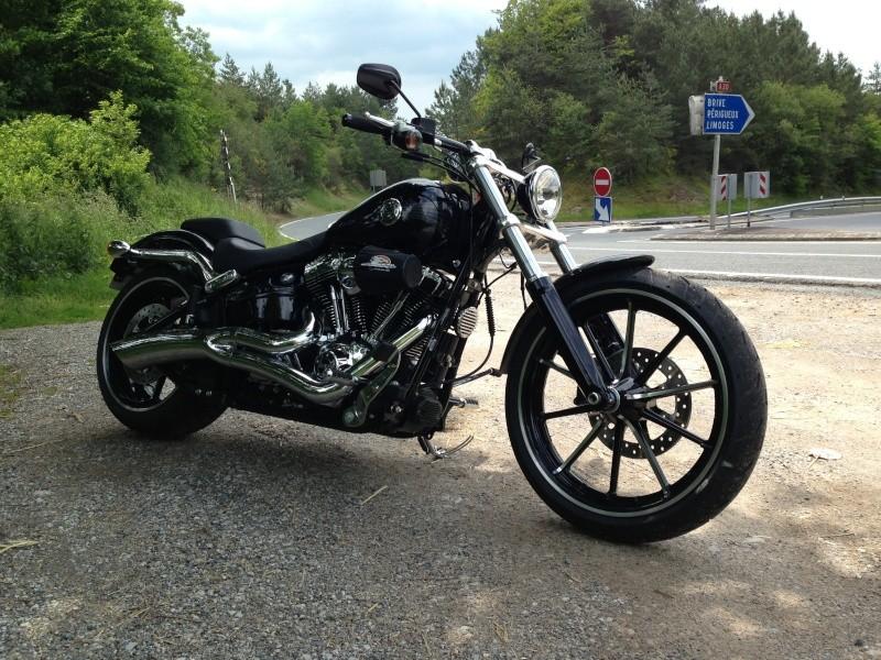 Combien de breakoutboy sur le Forum Passion-Harley ?? Img_2122