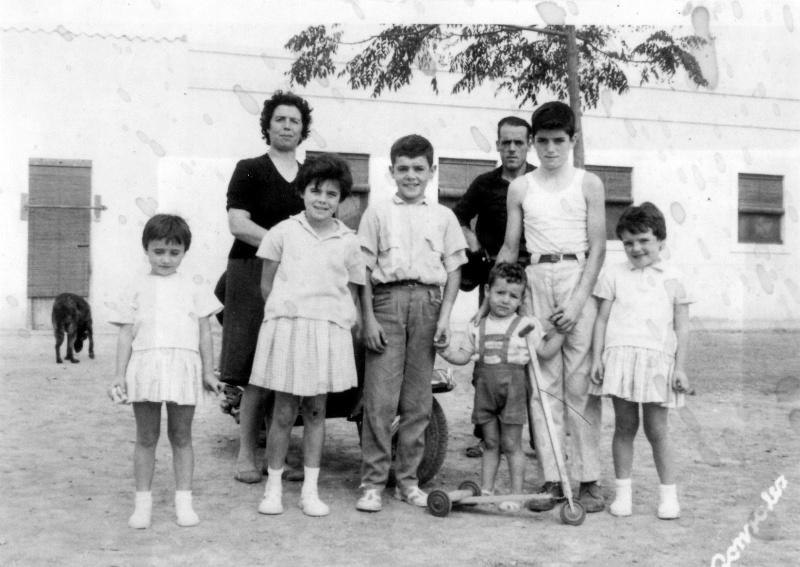 Nuevas fotos de la familia Lozal Lozal_18