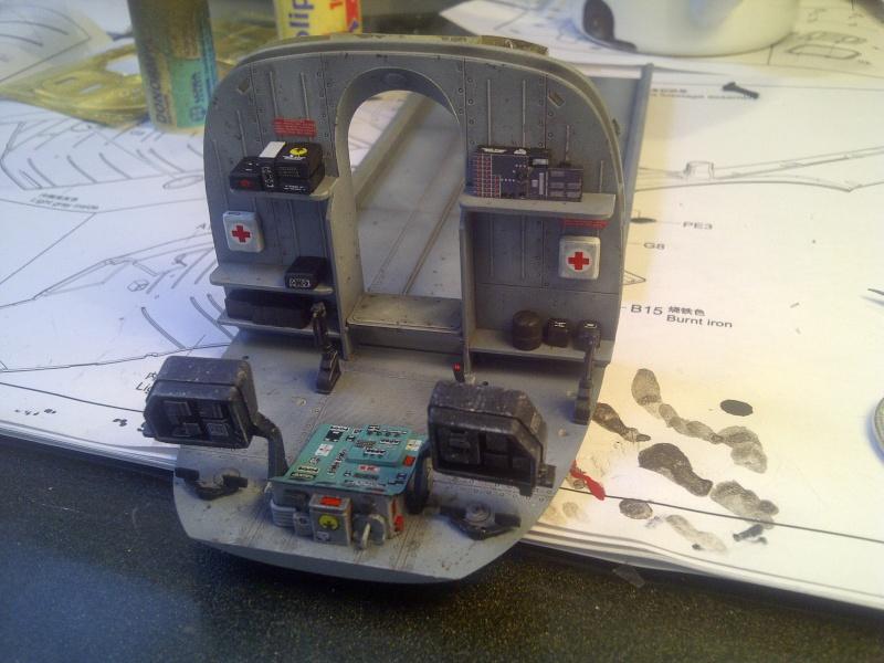 diorama hélicoptère MIL MI 8 Saint-28