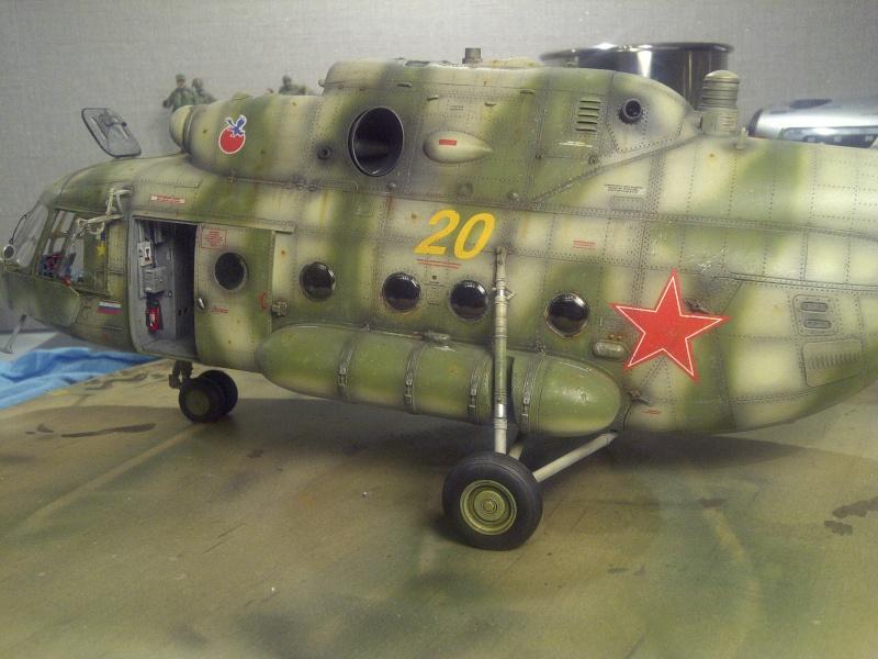 diorama hélicoptère MIL MI 8 Saint-39