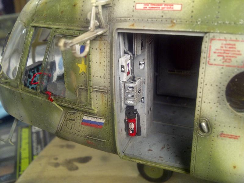 diorama hélicoptère MIL MI 8 Saint-43