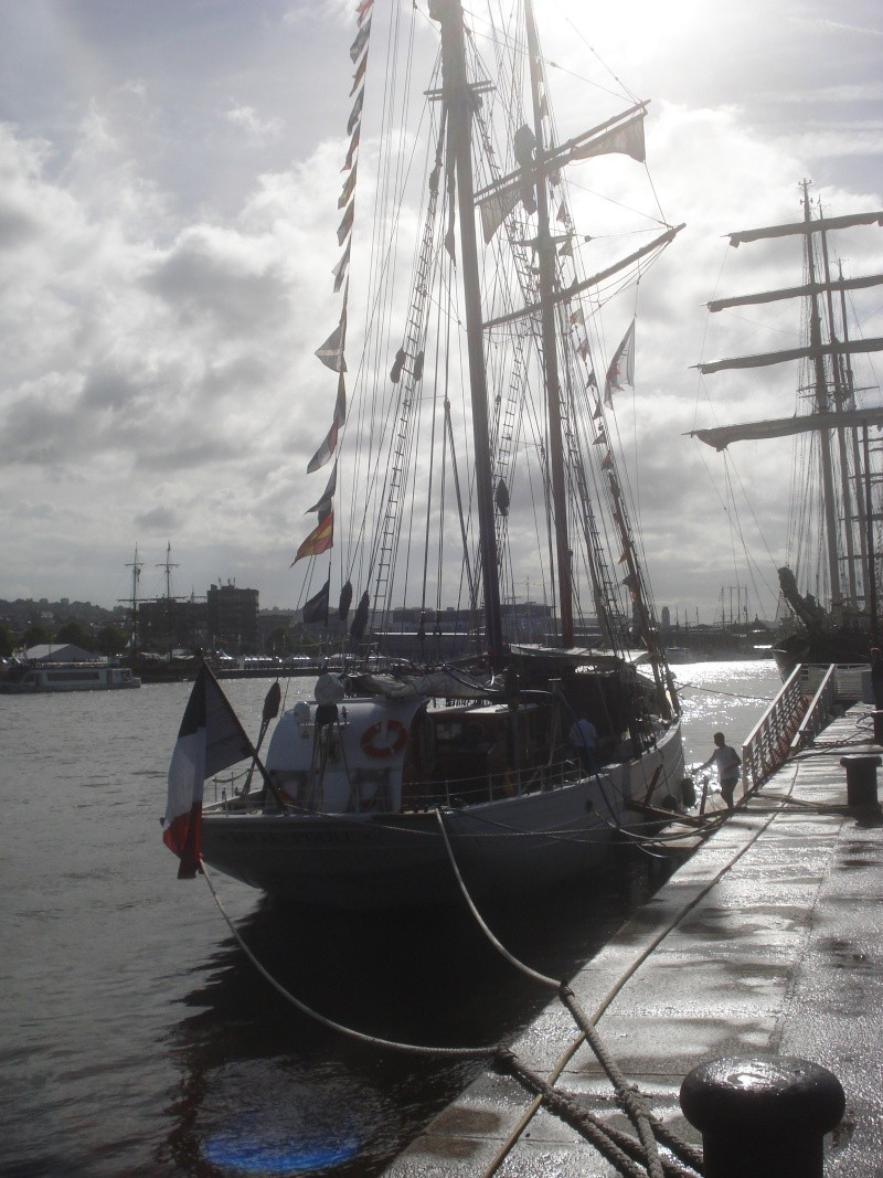 armada 2013 Rouen - Page 3 04013