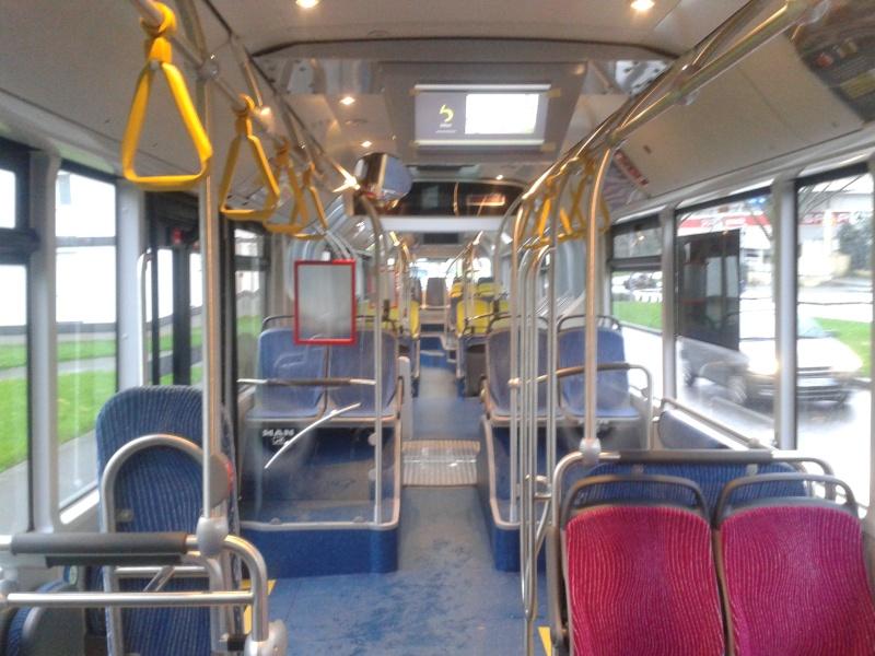 Photos d'intérieur des bus de votre réseau - Page 3 Man_li28