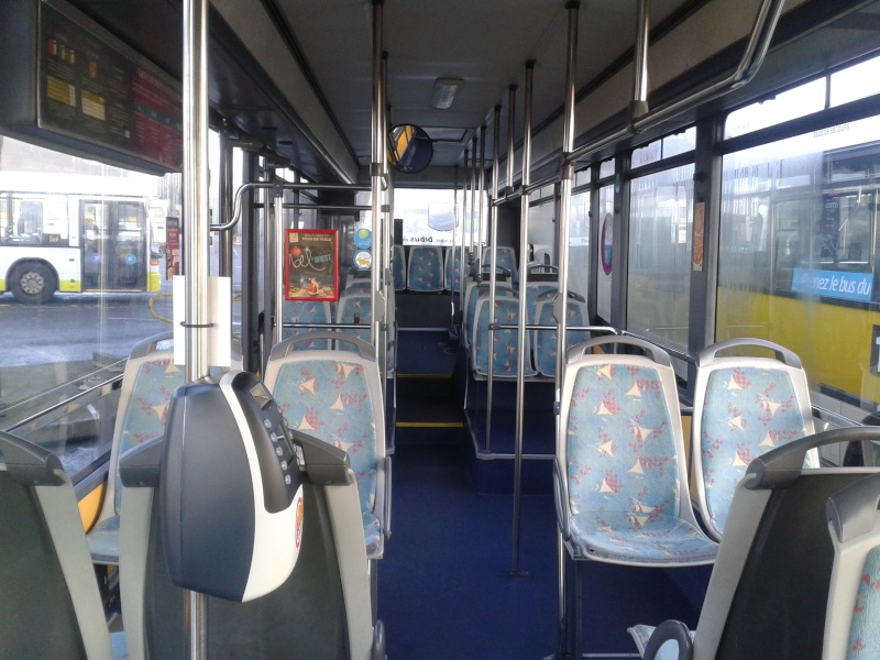 Photos d'intérieur des bus de votre réseau - Page 3 Setra_40